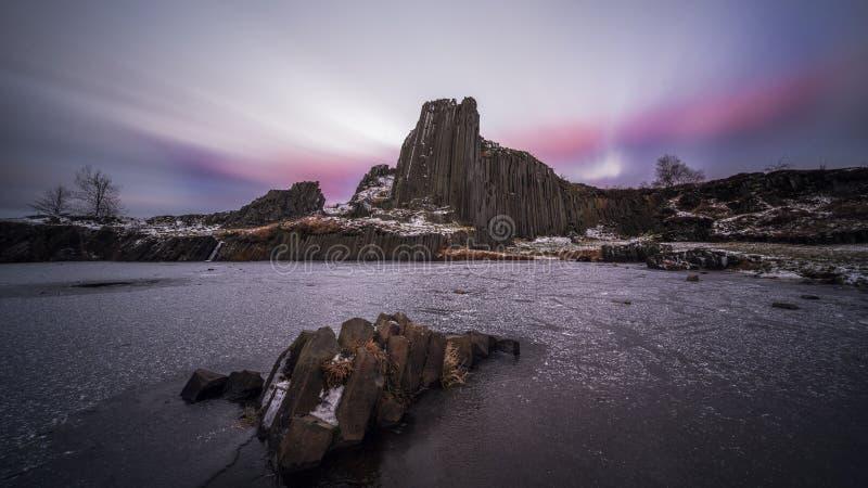 Manor Rock, Panska Skala nei pressi di Kamenicky Senov immagine stock libera da diritti