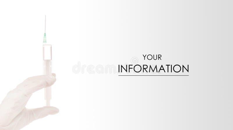 Manos en guantes médicos con el modelo de la medicina de la cosmetología de la jeringuilla foto de archivo