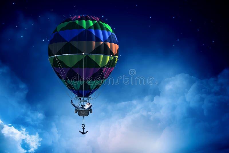 Manresande i aerostat Blandat massmedia royaltyfri fotografi