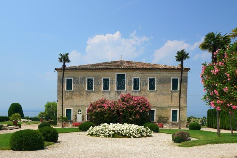 Mansión italiana imagen de archivo libre de regalías