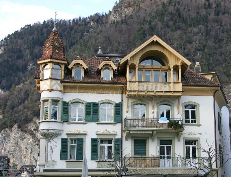 Mansión suiza agradable 4 fotografía de archivo libre de regalías
