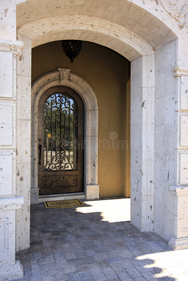 Free Mansion Doorway Entry Stock Photo - 7736520