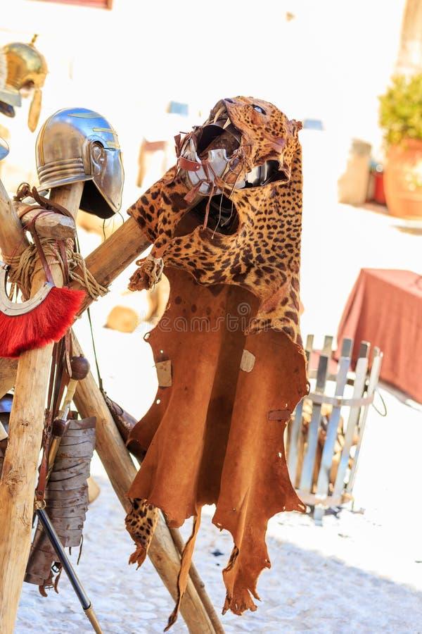 Download Manteau Roman Empire image stock. Image du robe, orange - 45353045