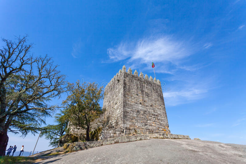 Mantenha do castelo onde o primeiro rei de Portugal encarcerou sua mãe imagens de stock