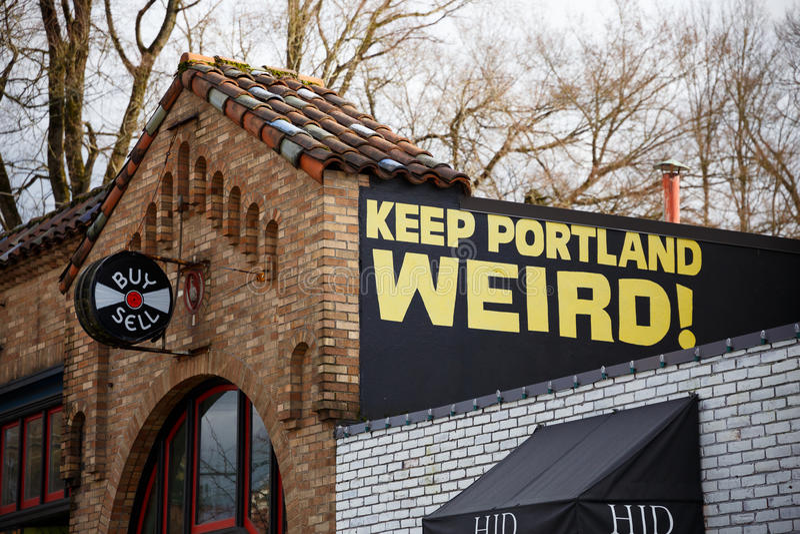 Mantenha o sinal estranho da loja do registro de Portland fotos de stock royalty free