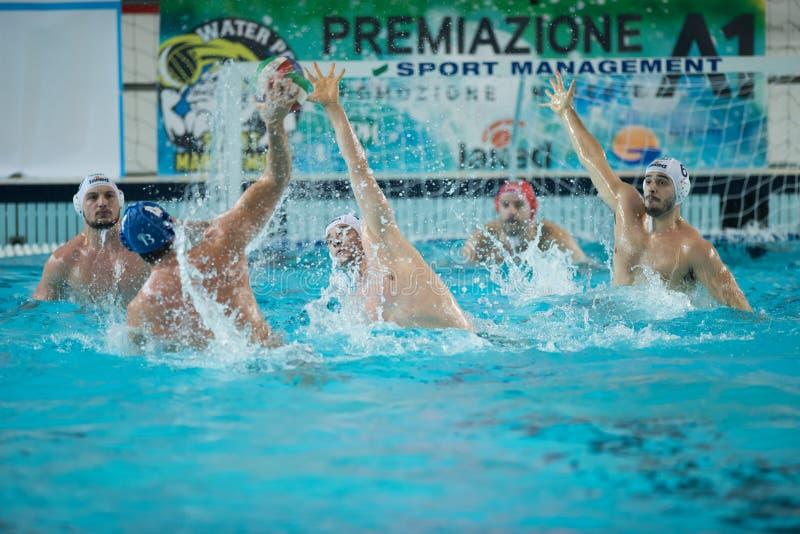 MANTOVA - 19 DE FEVEREIRO: Andrea Razzi (centro) e F Di Fulvio foto de stock