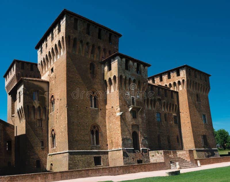 Mantova Mantua, Italien: Sikt av den medeltida slotten för `-Castello di San Giorgio ` En av de huvudsakliga gränsmärkena i stade royaltyfria bilder