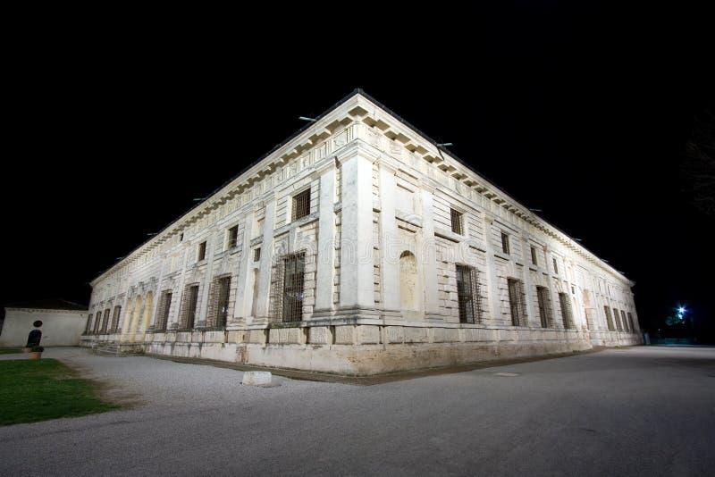 Mantova, vista di notte di Palazzo Te immagine stock