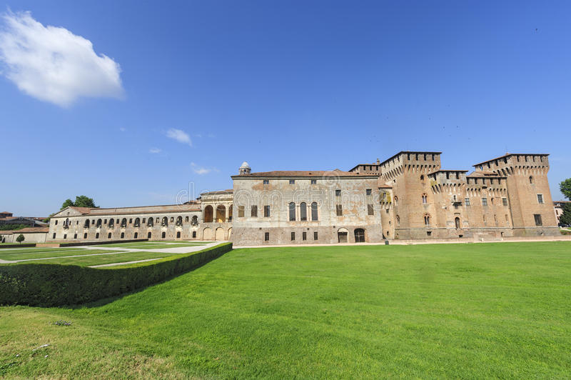 Mantua, Palazzo Ducale e castelo fotos de stock royalty free
