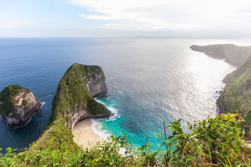 Manty zatoka lub Kelingking plaża na Nusa Penida wyspie, Bali, Indonezja zdjęcie stock