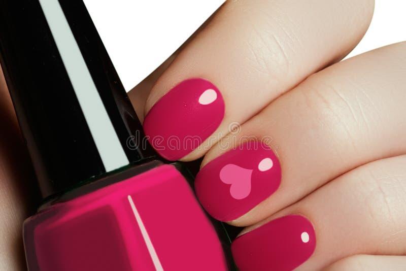 Manucure d'art d'ongle de Valentine Style de vacances de jour de valentines lumineux photographie stock