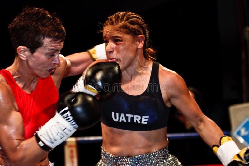Manuela Pantani contra Bettina Garino - WBA BOXE fotografía de archivo