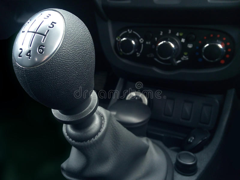 Manuelles Sechsgeschwindigkeitsgetriebe des Hebels lizenzfreie stockfotografie