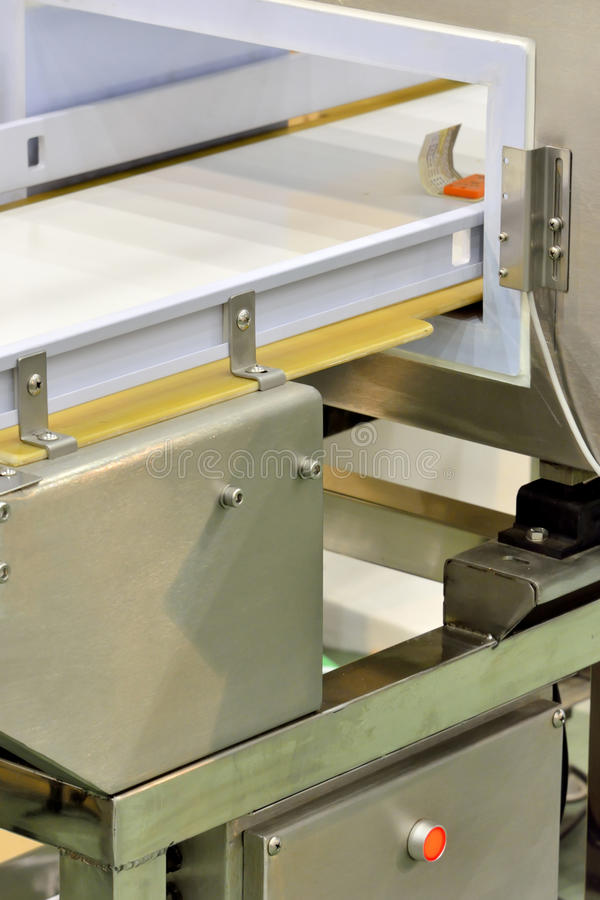 Download Manufacturing Equipment For Package Royalty Free Stock Photography - Image: 31556407