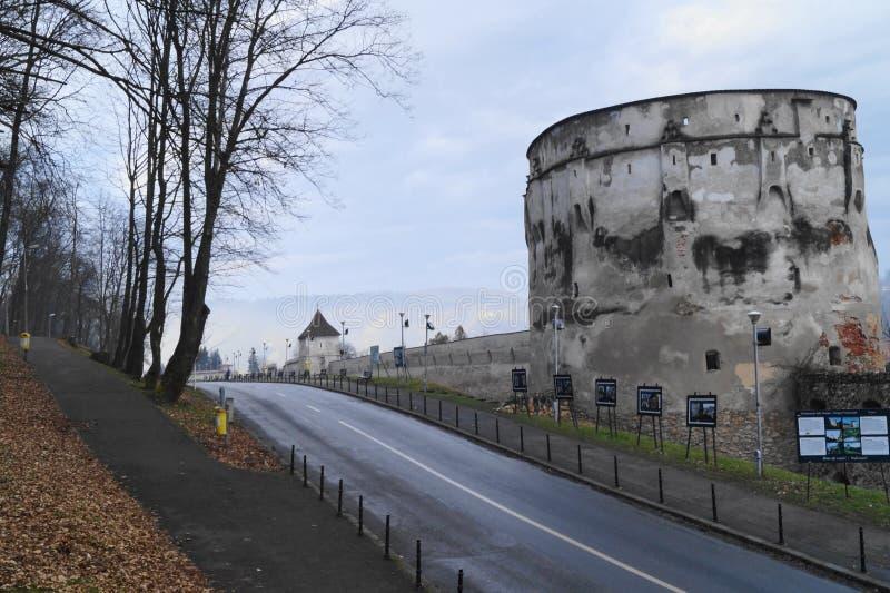 Manufakturhandlarebastion Bastionul Postăvarilor, Brasov, Rumänien royaltyfri foto