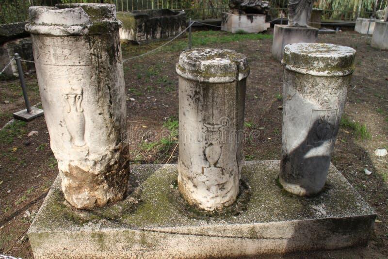 Manufatti pietrosi in agora antico di Atene fotografia stock