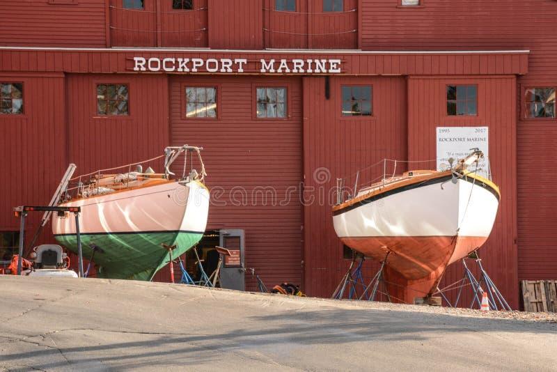Manutenção do veleiro em Rockport, Maine foto de stock