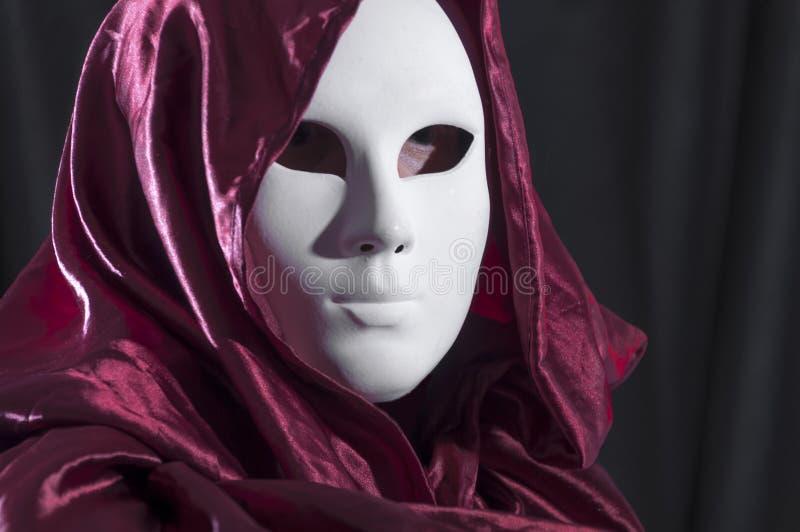 Manwhit en Venetian karnevalmaskering arkivfoton