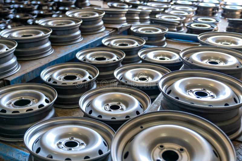 many-new-steel-metal-disc-wheels-car-160633709.jpg