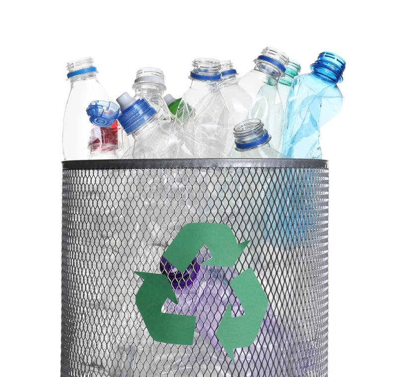 Free Many Used Bottles In Trash Bin Isolated. Plastic Recycling Royalty Free Stock Photo - 190882605