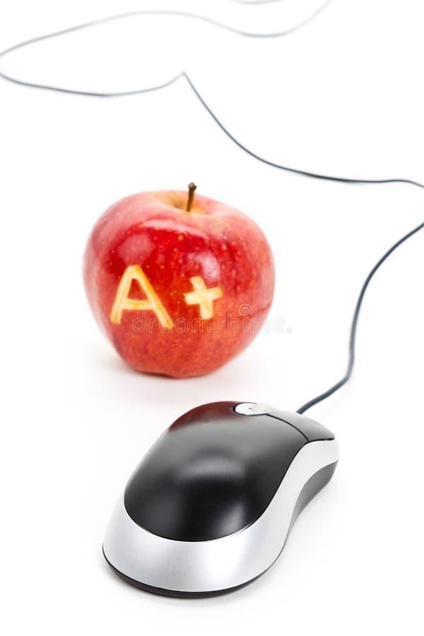 Manzana roja y un signo más imágenes de archivo libres de regalías