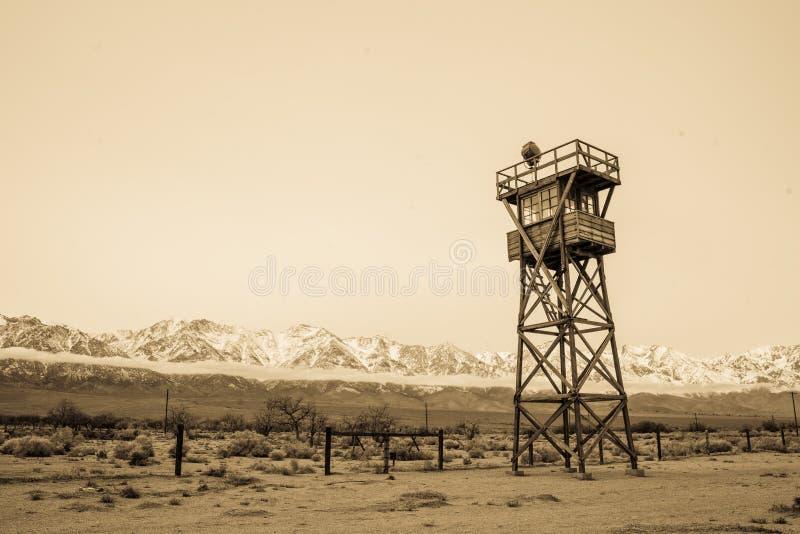 Manzanarwatchtower in Sepia stock afbeeldingen
