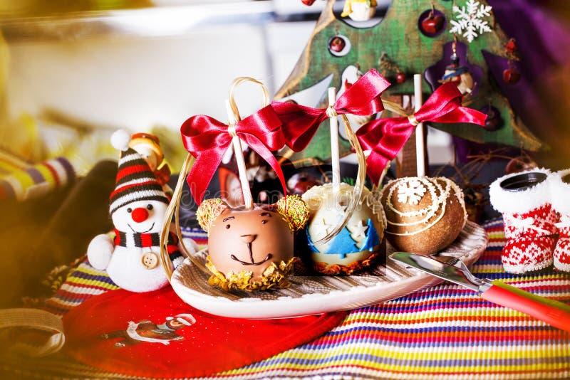 Manzanas en un palillo en el Año Nuevo imagen de archivo