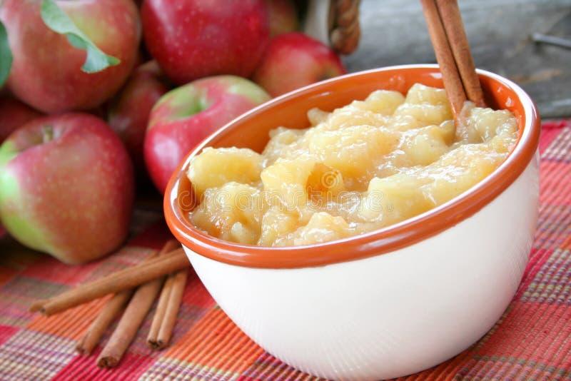 Manzanas fritas fotografía de archivo libre de regalías