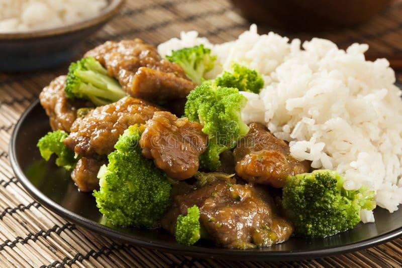 Manzo e broccoli asiatici casalinghi fotografia stock