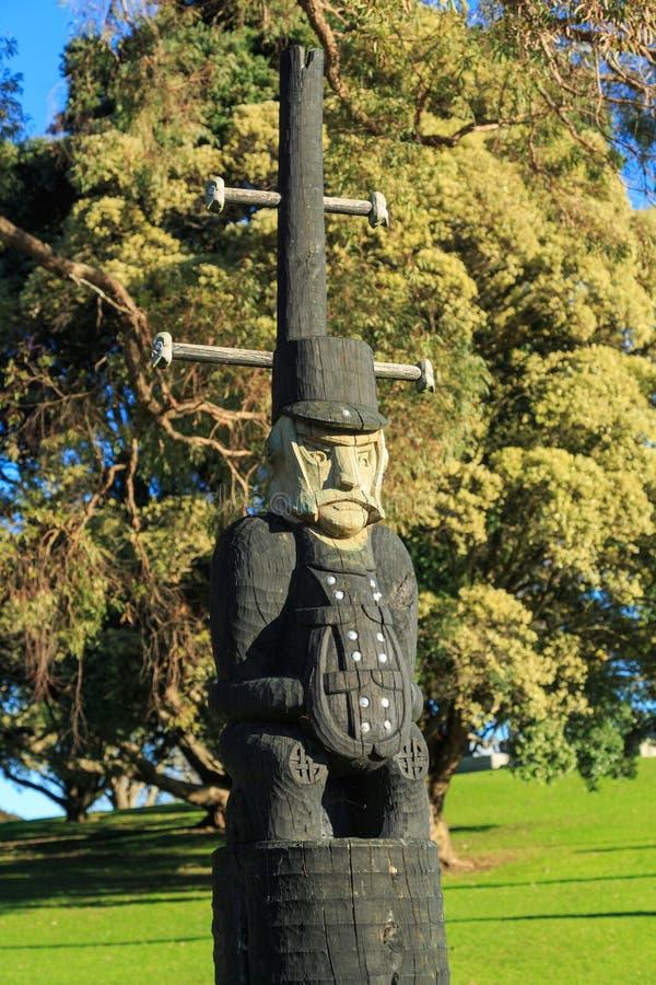 Maori γλυπτική βρετανικού ενός γενικού επί του τόπου της μάχης της πύλης PA, Tauranga, Νέα Ζηλανδία στοκ εικόνες