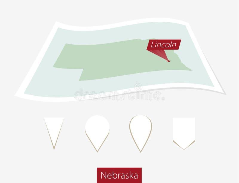 Mapa curvado do papel do estado de Nebraska com capital Lincoln no cinza ilustração royalty free