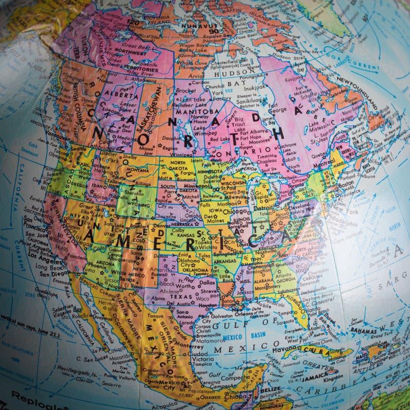 Mapa de America do Norte em um globo imagens de stock royalty free