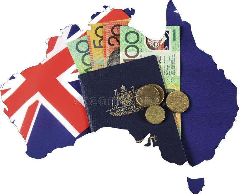 Mapa de Australia con la bandera, el efectivo y el pasaporte para el concepto del viaje imagen de archivo libre de regalías