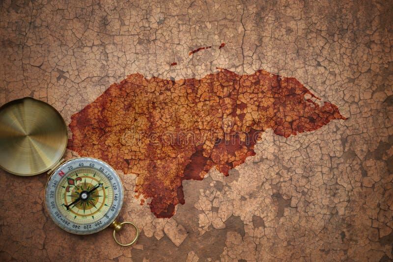 Mapa de Honduras en un papel viejo de la grieta del vintage imagen de archivo libre de regalías
