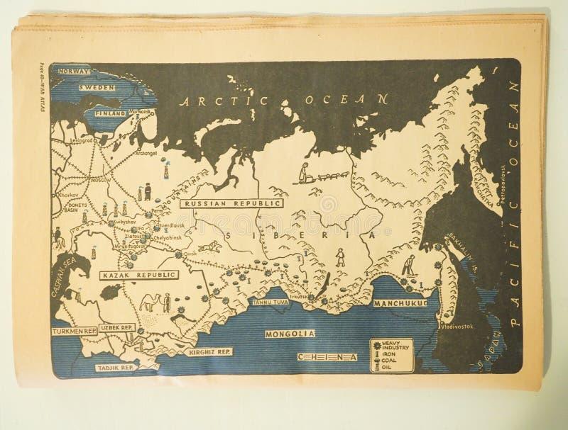 Mapa de la Unión Soviética que muestra el hierro, el carbón, el aceite y activos de la industria pesada en 1943 fotos de archivo
