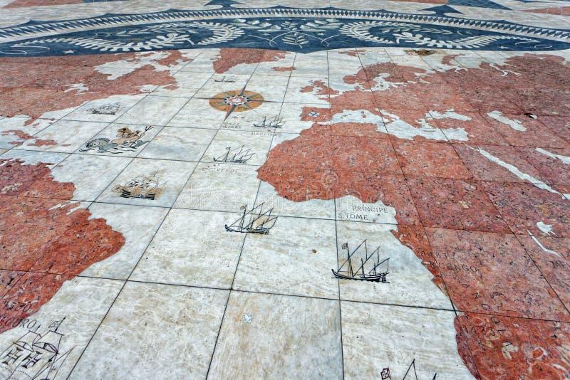 Mapa de Velho Mundo em Belém, Lisboa imagem de stock