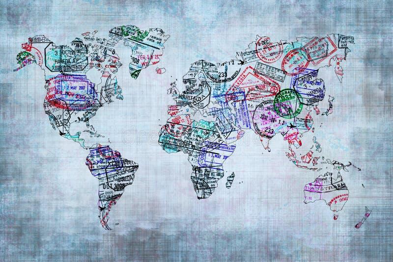 Mapa do mundo criado com os selos do passaporte foto de stock