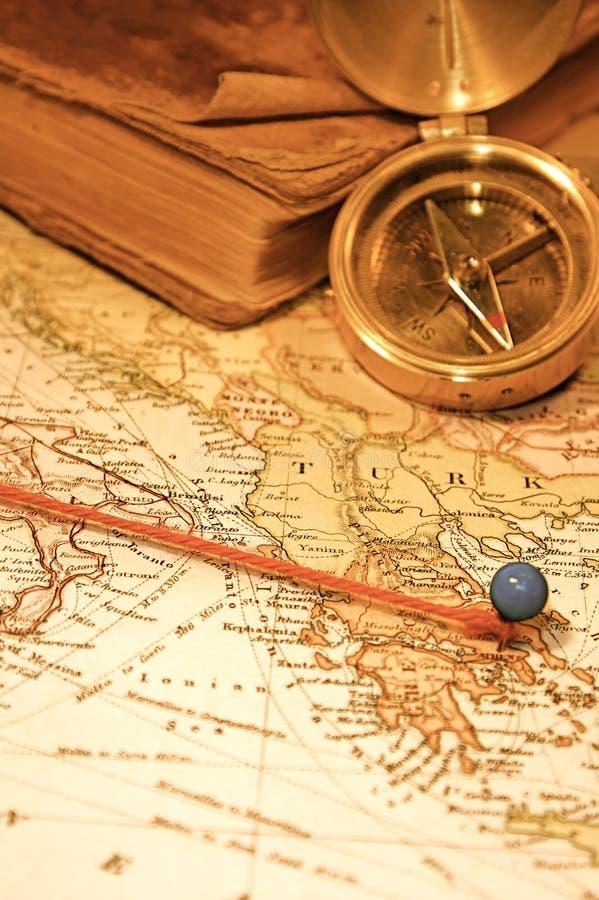 Mapa e carta do vintage fotografia de stock