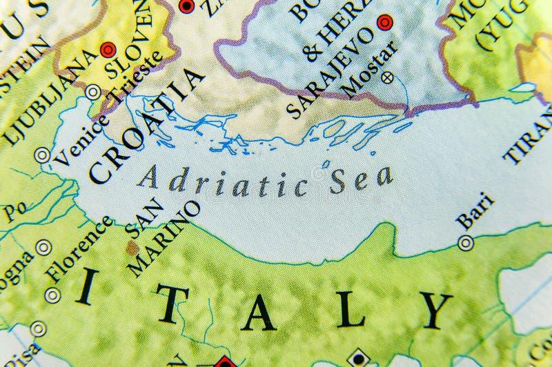Mapa geográfico do fim europeu do mar de adriático fotos de stock