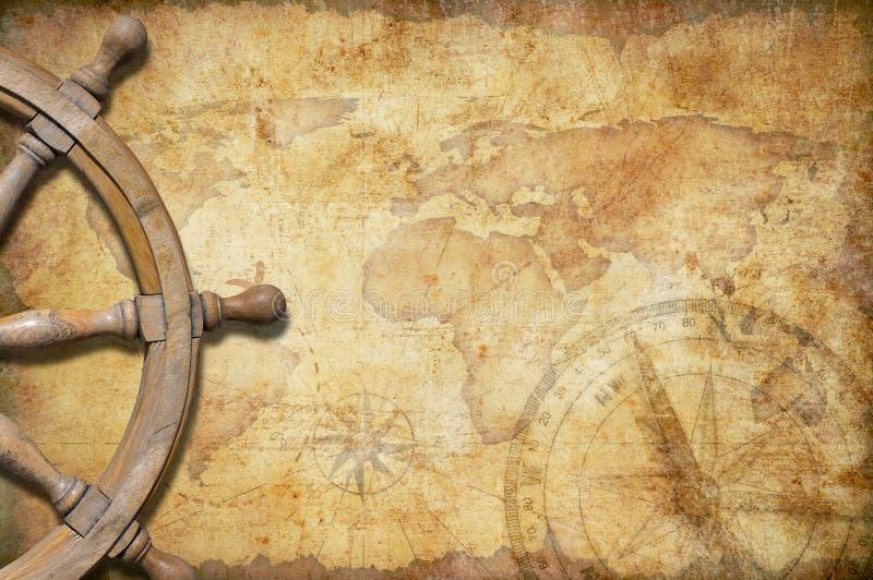 Mapa viejo del tesoro con el volante imagenes de archivo