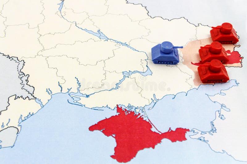 Mapa wojna w Ukraina z numeryczną lepszością Rosyjscy zbiorniki zdjęcia royalty free