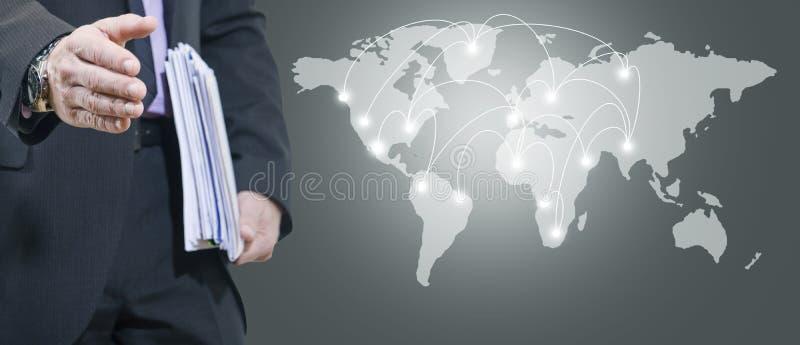 Mappa dell'internazionale e dell'uomo fotografia stock libera da diritti