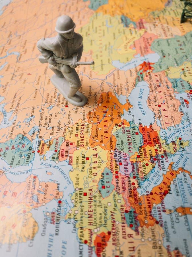Mappa dell'Ucraina con le ostilità improvvisate Concetto fotografia stock