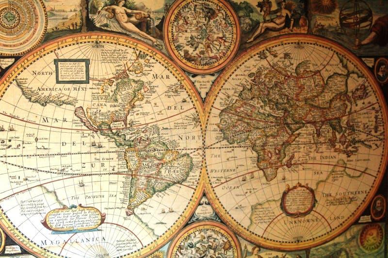 Mappa di vecchio mondo negli emisferi immagine stock libera da diritti