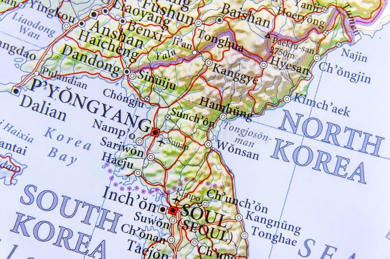 Cartina Nord.Mappa Geografica Della Corea Del Sud E Della Corea Del Nord Con Le Citta Importanti Fotografia Stock Immagine Di Pyongyang Festa 97847352