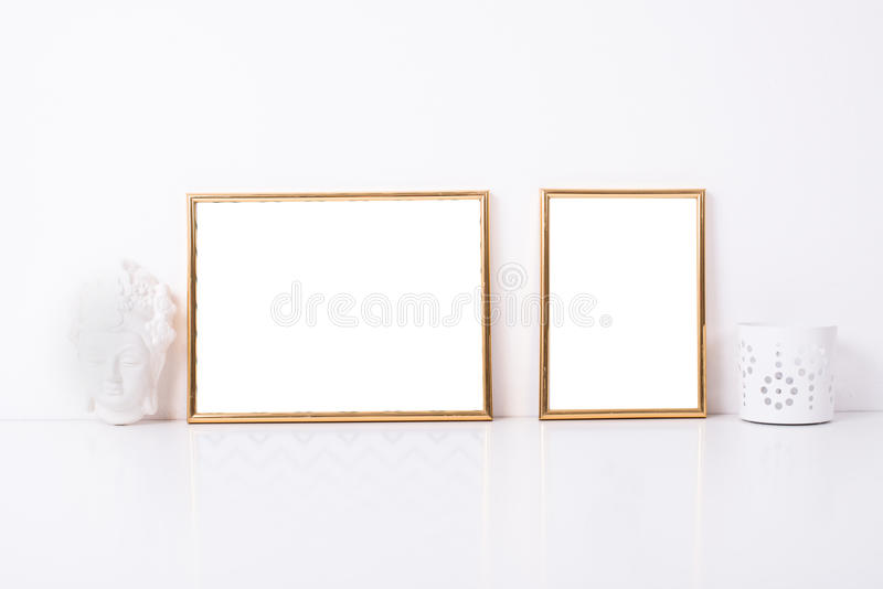 Maqueta de oro de dos marcos foto de archivo libre de regalías