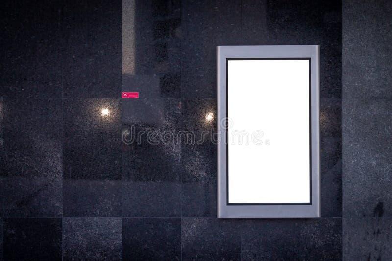 Maqueta vertical del anuncio de la pantalla LCD Fondo de mármol negro Vector de no fumadores imagen de archivo libre de regalías