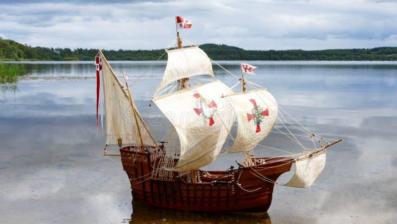 Maquette de navires de navigation - Santa Maria fabriquée à la main photos stock