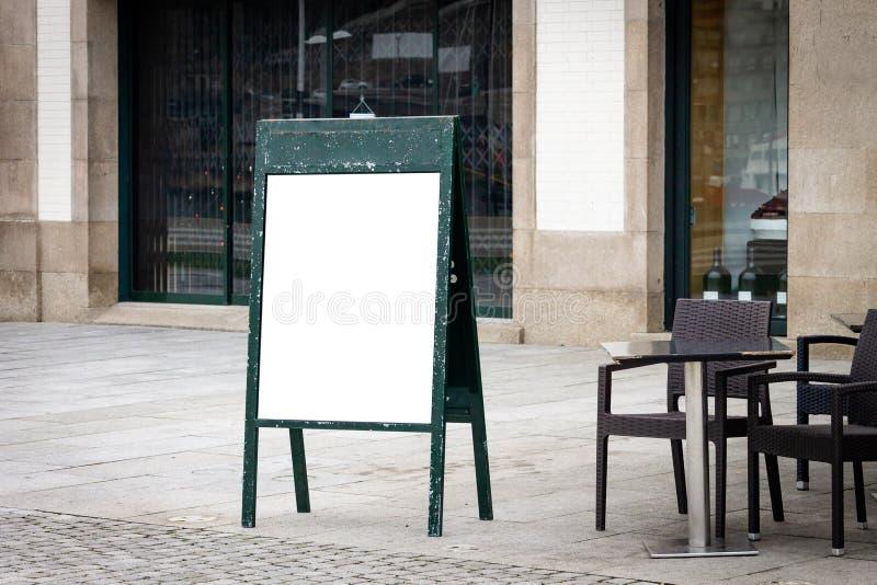 Maquette extérieure de menu de café images libres de droits