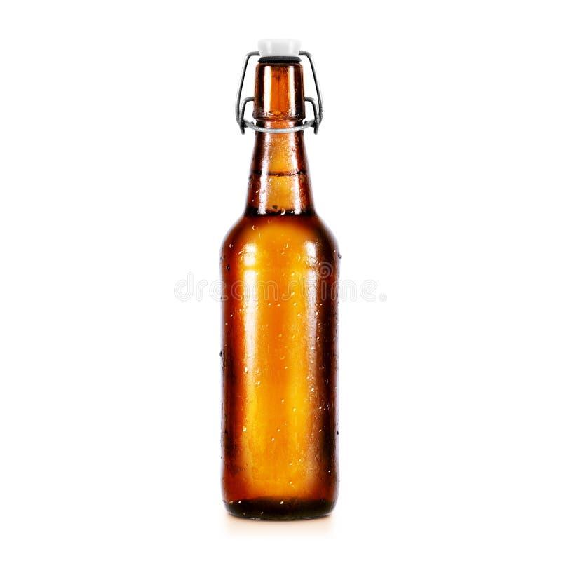 Maquette vide de bouteille à bière sans label, support d'isolement photo stock